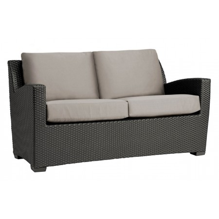 Fusion Loveseat