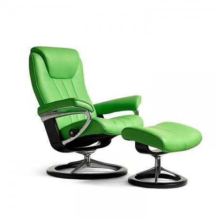 Bliss Classic Chair & Ottoman (S)