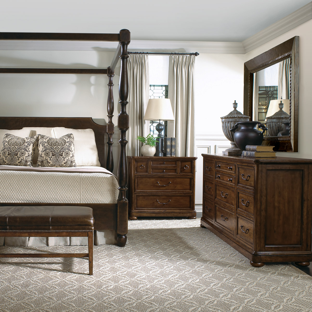 Bedroom Couch: Bedroom Furniture