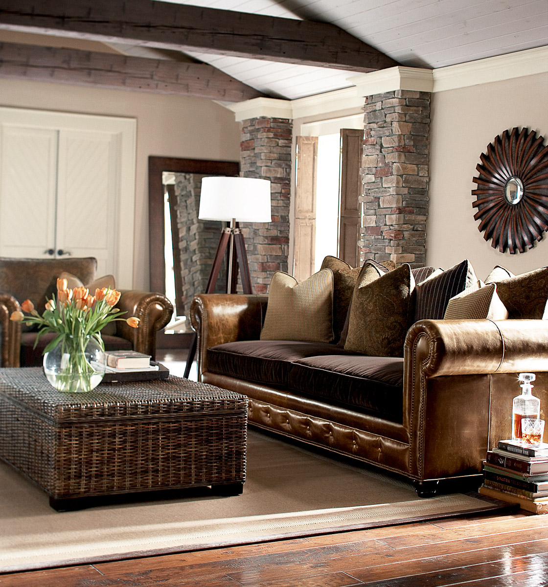 Stunning Living Room with Leather Furniture 1120 x 1200 · 505 kB · jpeg