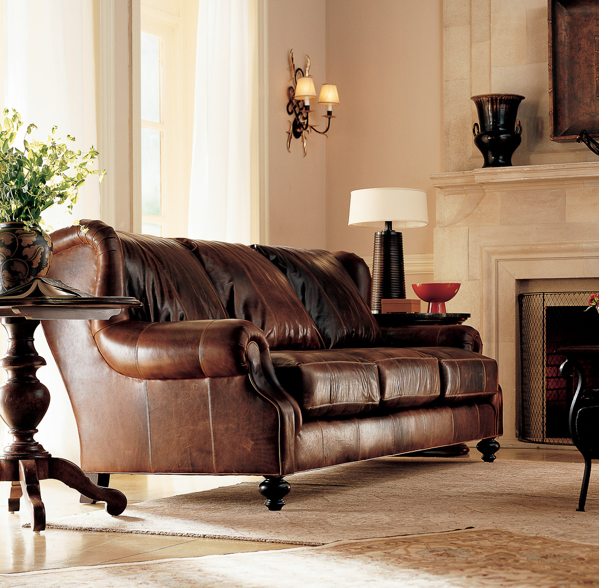 Beautiful room with brown leather sofas great home design for Leather living room furniture